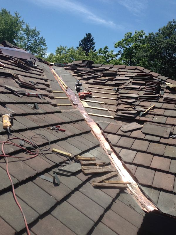 Power Washing Tile Roof Service Tile Roof Cleaning